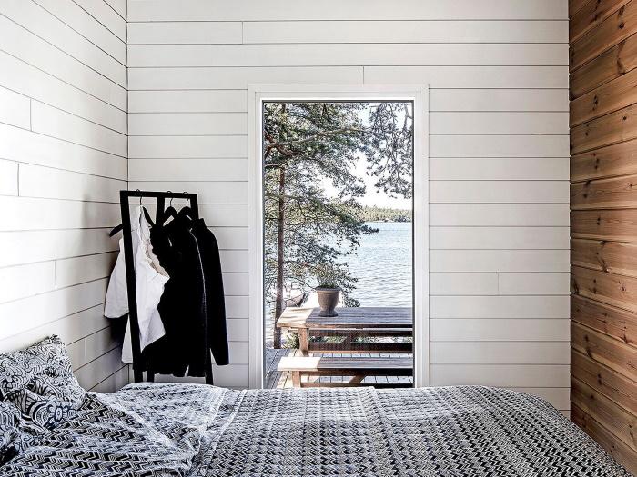 casa de madera camping interior